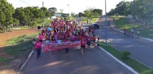 Mulheres na Caminhada Outubro Rosa